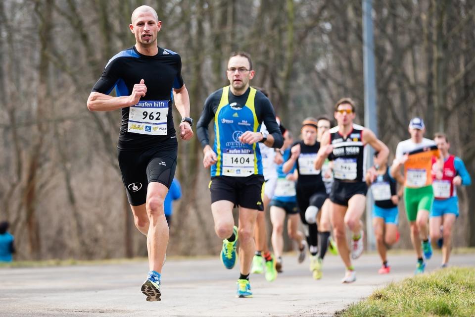 Laufen hilft 2015 Image #8