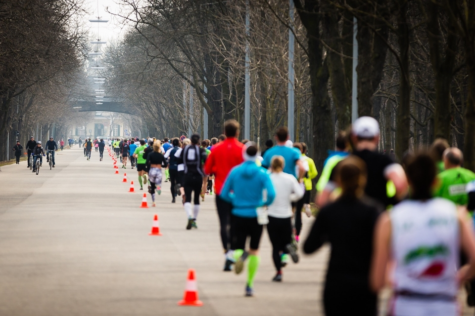 Laufen hilft 2015 Image #9